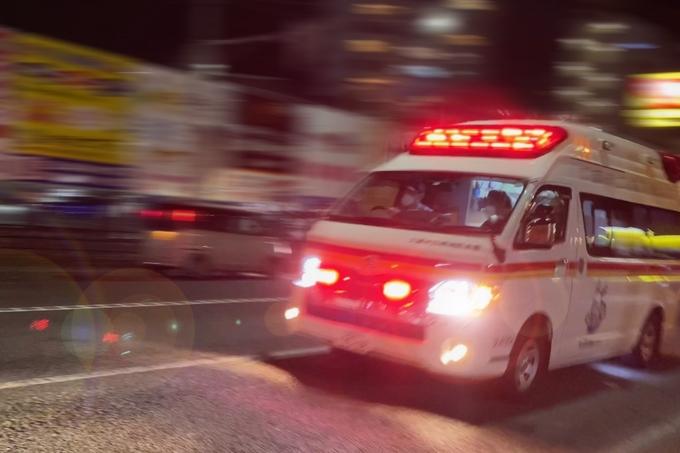 雨の日の救急車