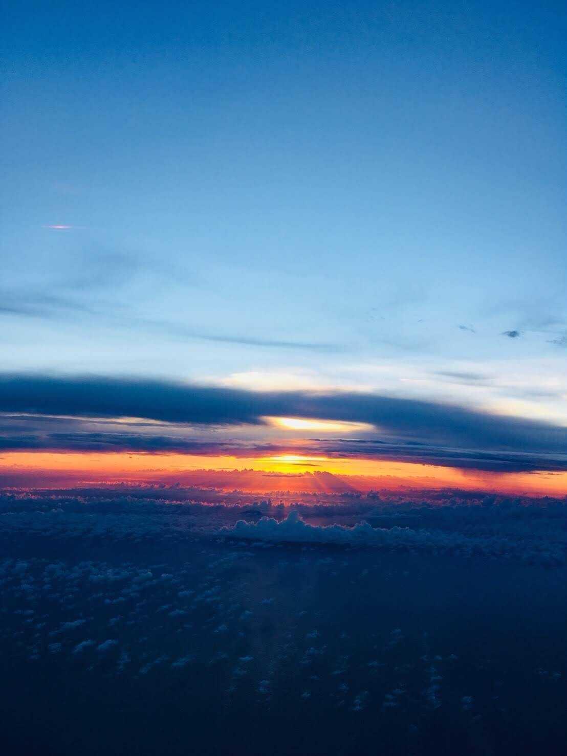 奄美大島 飛行機からの夕陽